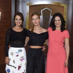 Paula Echevarría, Charlotte Vega y Aitana Sánchez Gijón en la presentación de la tercera temporada de 'Velvet'