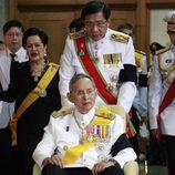 El Rey Bhumibol Adulyadej de Tailandia