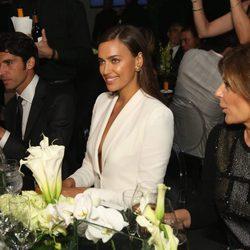 Irina Shayk y Cayetano Rivera en una fiesta de Porcelanosa en Nueva York