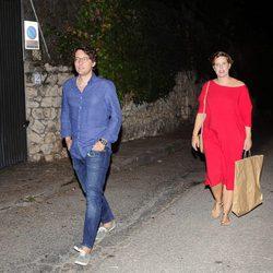 Tania Llasera y su marido Gonzalo Villar en la fiesta del 50 cumpleaños de Jesús Vázquez