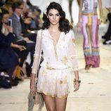 Kendall Jenner desfilando para Diane Von Furstenberg en la Nueva York Fashion Week primavera/verano 2016