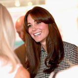 Kate Middleton luce flequillo en su primer acto oficial tras sus vacaciones de verano