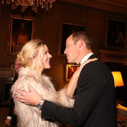 El Príncipe Guillermo con Joss Stone en la gala benéfica de Tusk Trust
