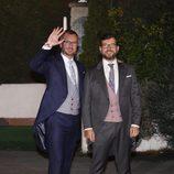 Javier Maroto y Josema Rodríguez tras su boda