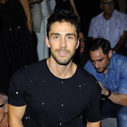 Rubén Sanz en el front row de Devota & Lomba durante la Madrid Fashion Week 2015