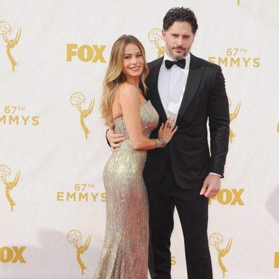 Sofía Vergara y Joe Manganiello en la alfombra roja de los premios Emmy 2015