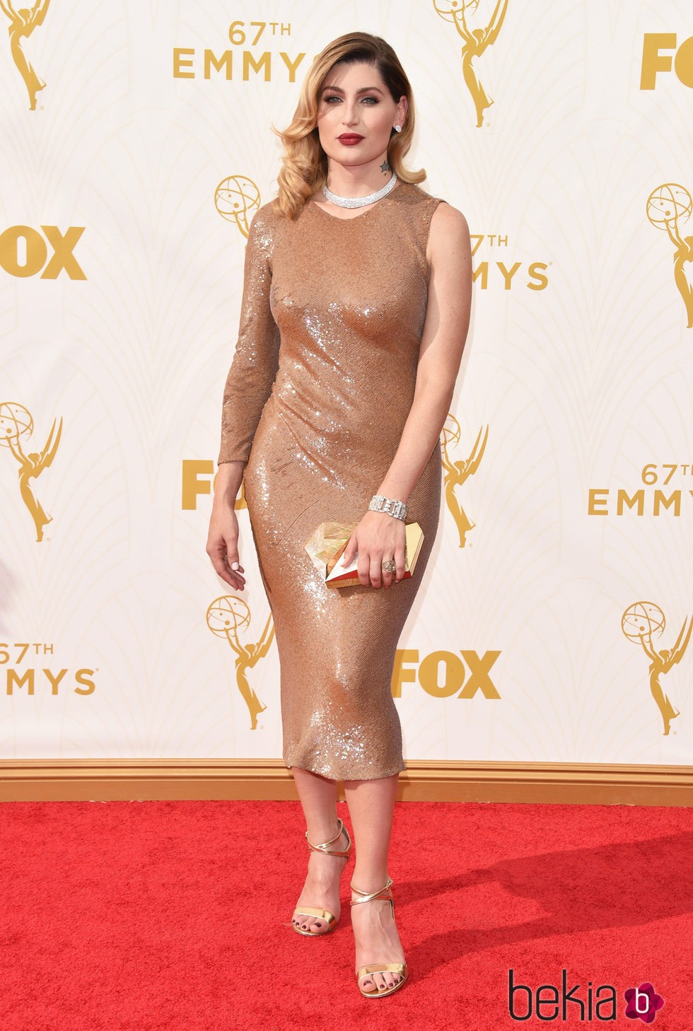 Trace Lisette en la alfombra roja de los premios Emmy 2015