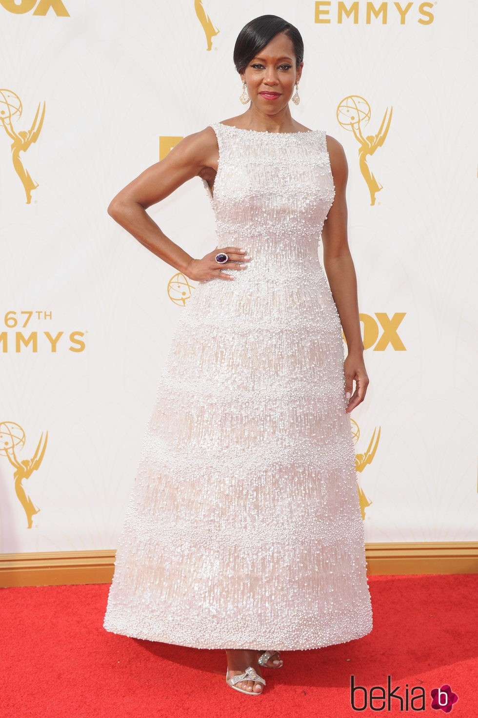 Regina King en la alfombra roja de los Emmy 2015
