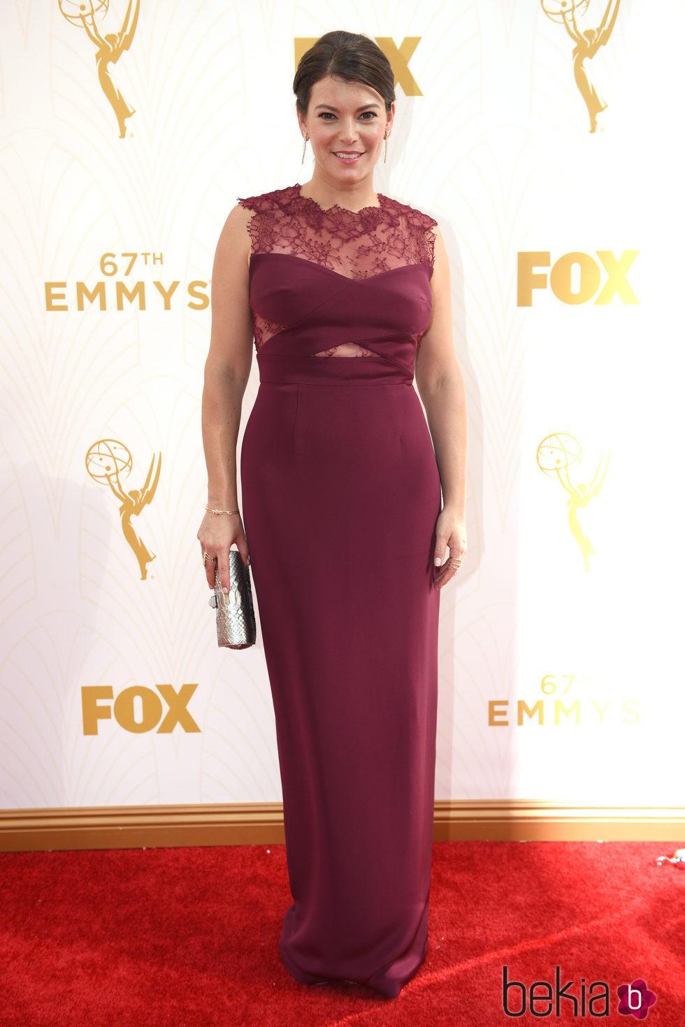 Gail Simmons en la alfombra roja de los Emmy 2015