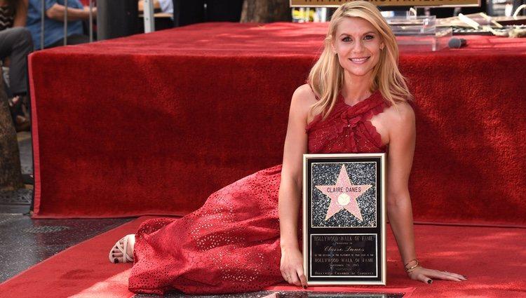 Claire Danes recibe una estrella en el paseo de la fama de Hollywood