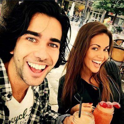 Lara Álvarez con su hermano Bosco en Gijón