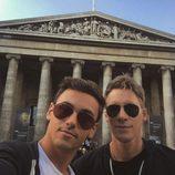 Tom Daley y Dustin Lance Black en el Museo Británico de Londres