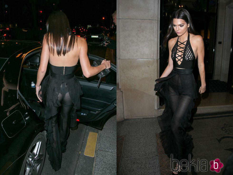Kendall Jenner muy provocativa con un jumpsuit negro de Balmain en París