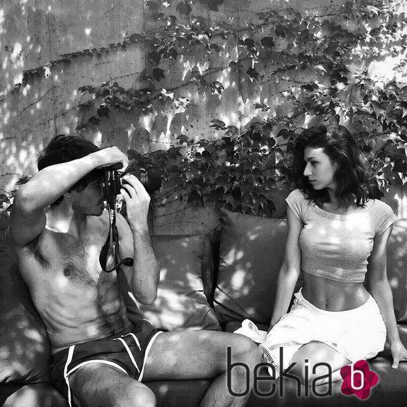 Andrés Velencoso fotografía a su novia Úrsula Corberó