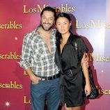Rafael Amargo y su novia en el estreno de 'Los Miserables' en Barcelona
