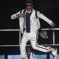 Justin Bieber, bailando en su concierto en México DF