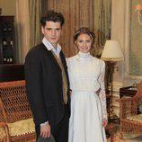 Yon González y Amaia Salamanca en la serie de Antena 3 'Gran Hotel'