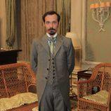 Fele Martínez en la serie de Antena 3 'Gran Hotel'