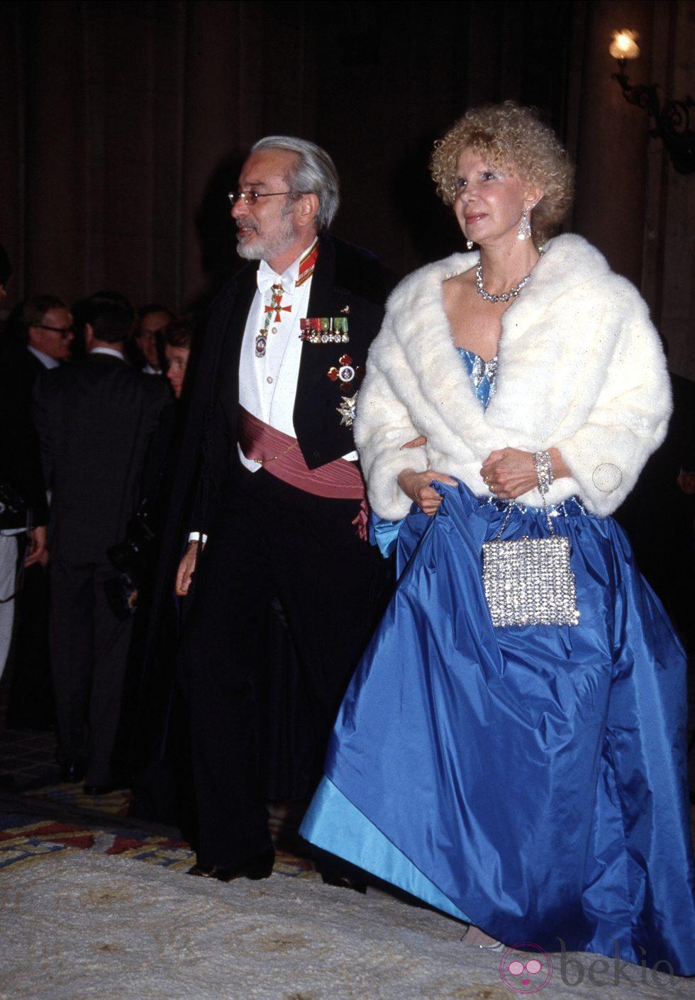 Cayetana de Alba con su segundo marido, Jesús Aguirre