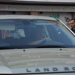 El Duque de Huéscar entra en Dueñas para la boda de la Duquesa de Alba y Alfonso Díez