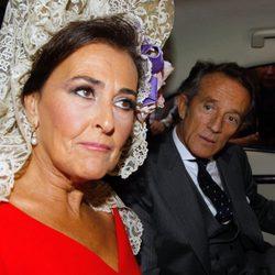 Alfonso Díez y Carmen Tello a su llegada al enlace con la duquesa de Alba