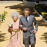 Alfonso Díez y Cayetana Fitz-James Stuart convertidos en Duques de Alba