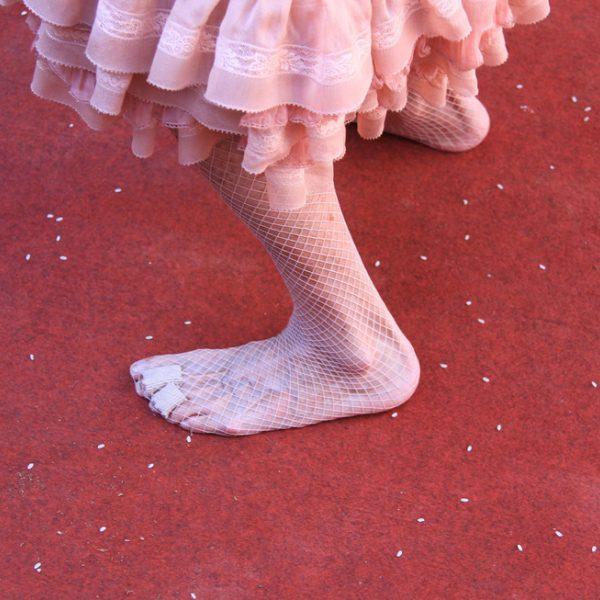 Do a cayetana de alba sin zapatos para bailar a la entrada for Gabinete de zapatos para la entrada