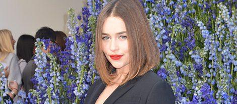Emilia Clarke en la Semana de la Moda de París