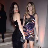 Kendall Jenner y Gigi Hadid en una fiesta de Vogue en Paris Fashion Week