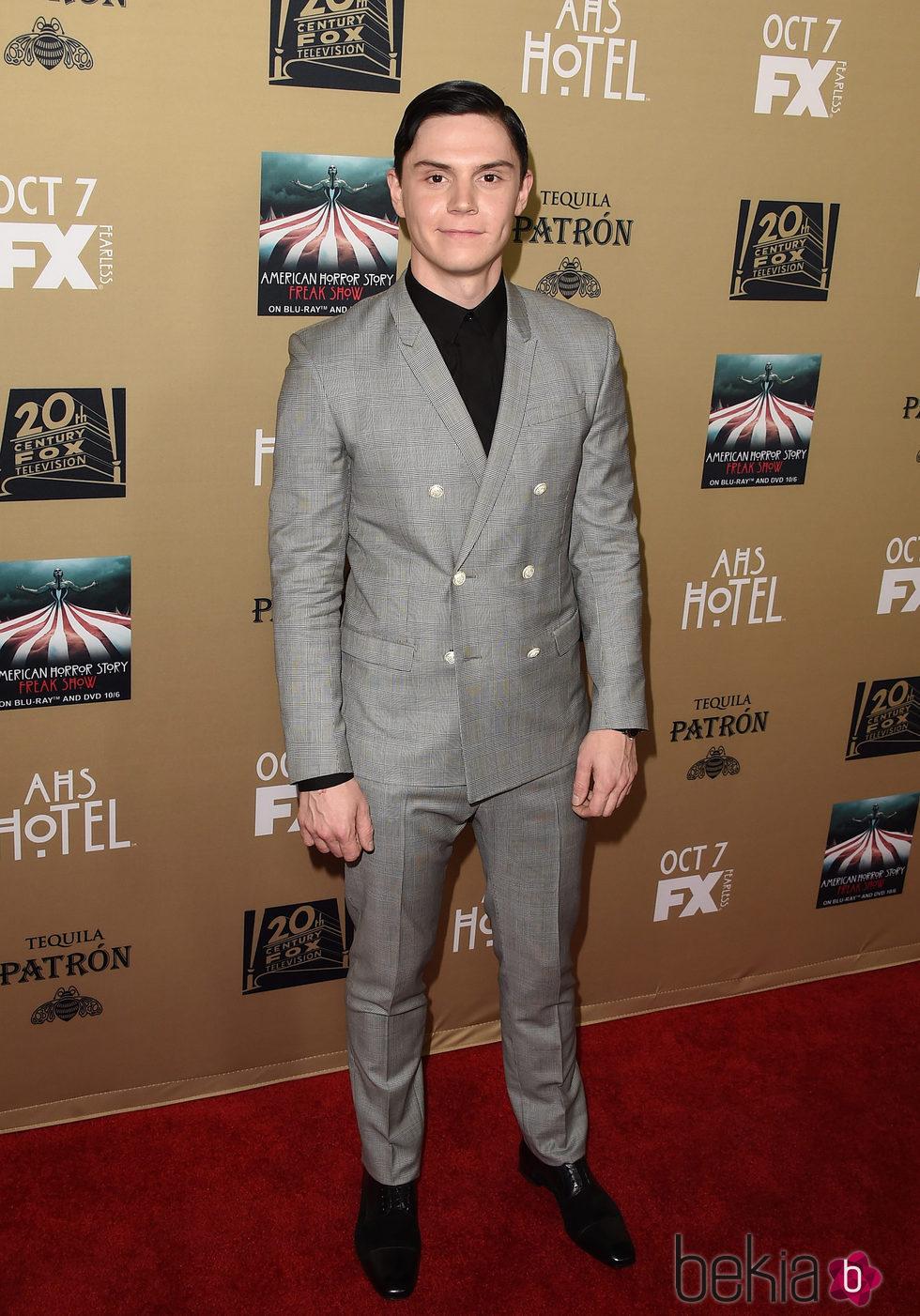 Evan Peters en la presentación de 'American Horror Story:Hotel'