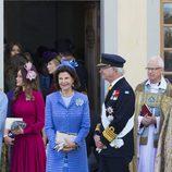 La Reina Silvia y el Rey Carlos XVI en el bautizo del Prícipe Nicolás Pablo Gustavo de Suecia