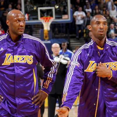Lamar Odom y Kobe Bryant juntos antes de un encuentro con los Lakers