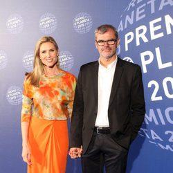 Judit Mascó y Eduardo Vicente en la entrega del Premio Planeta 2015