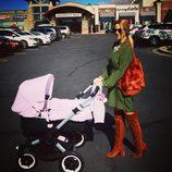 El primer paseo de Tamara Gorro con su hija Shaila
