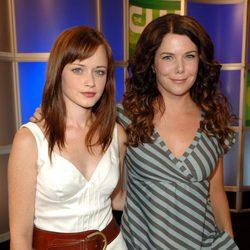 Alexis Bledel y Lauren Graham, protagonistas de 'Las chicas Gilmore'