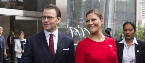 La Princesa Victoria de Suecia luciendo embarazo con Daniel de Suecia en Lima