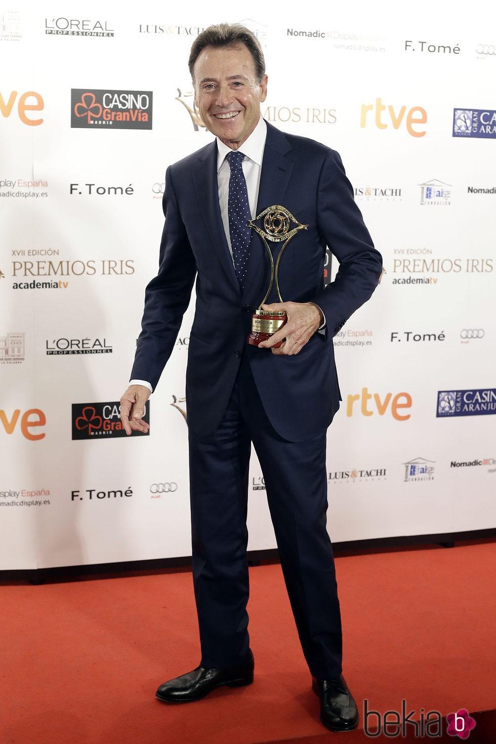 Matías Prats en los Premios Iris de la Academia de Televisión 2015