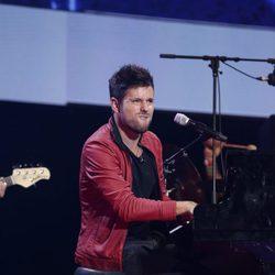 Pablo López en el concierto 'Por ellas' de Cadena 100 2015
