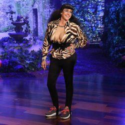Ellen DeGeneres disfrazada de Karla Kardashian, la nueva hermana de la familia