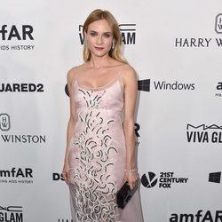Diane Kruger en la Gala amfAR 2015 de Los Angeles
