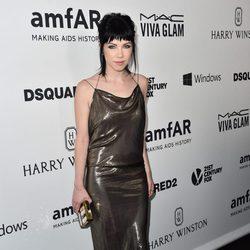 Carly Rae Jepsen en la Gala amfAR 2015 de Los Angeles