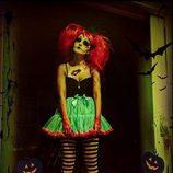 Paula Echevarría disfrazada de muñeca terrorífica para celebrar Halloween 2015