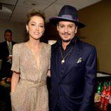 Amber Heard y Johnny Depp en los Hollywood Film Awards 2015