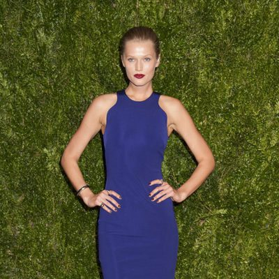 Toni Garrn en la entrega de los CFDA 2015/ Vogue Fashion Fund