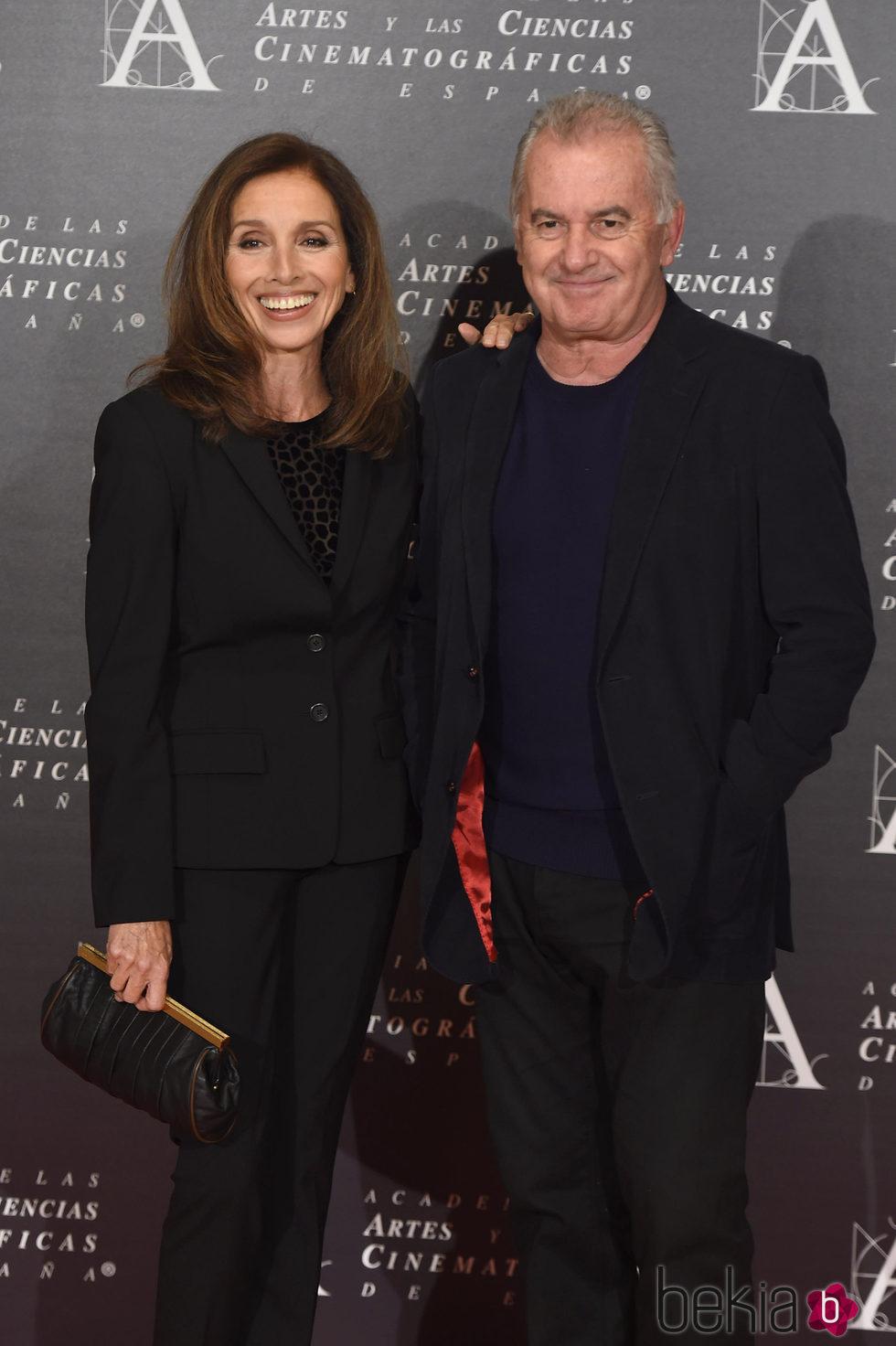 Ana Belén y Víctor Manuel en la doble entrega de la Medalla de Oro de la Academia
