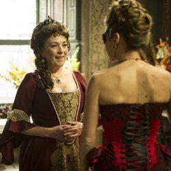 Carmen Maura participa en 'Águila Roja' como la Duquesa de Fournier