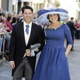 Pastora Soler y Francis Viñolo en la boda de Eva González y Cayetano Rivera