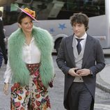 Samantha Vallejo-Nágera y Jordi Cruz en la boda de Eva González y Cayetano Rivera