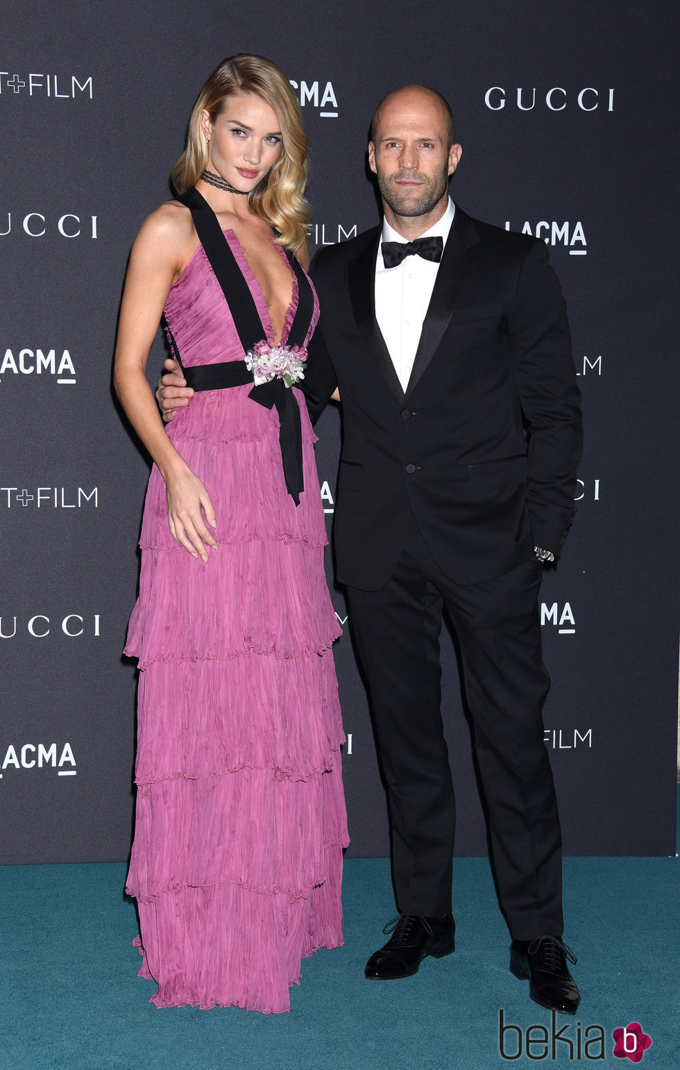 Rosie Huntington-Whiteley y Jason Statham en la Gala LACMA 2015