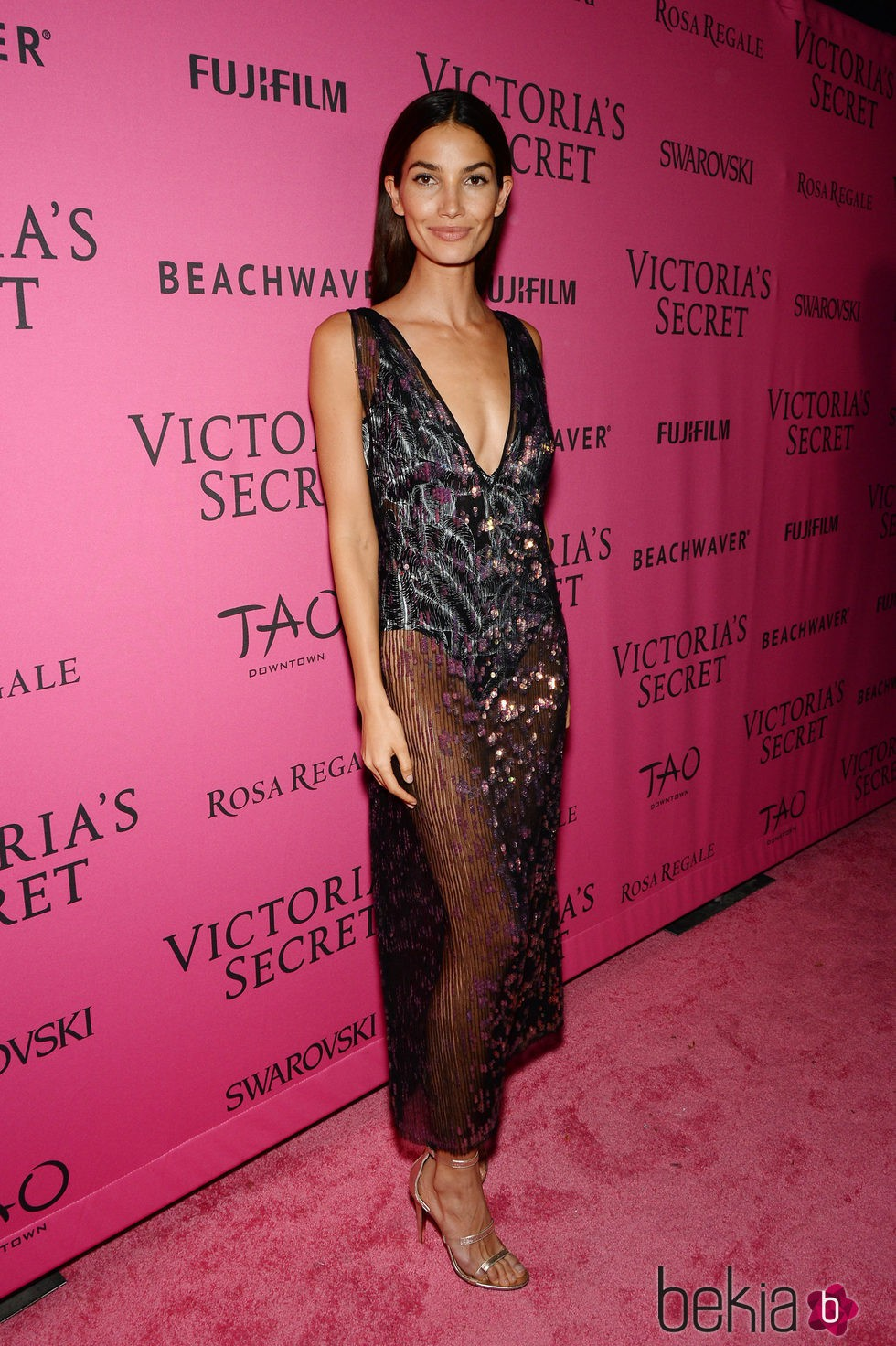 Lily Aldridge en el Victoria's Secret Fashion Show 2015